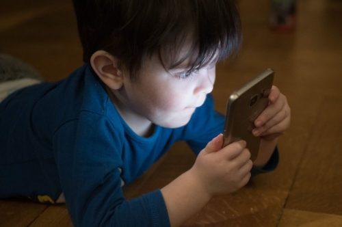 monitoramento de celular menores